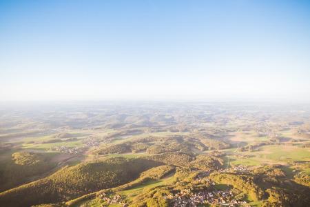 Kirschblüte im Ballon am Oberfranken Bayern Deutschland Lizenzfreie Bilder - 58417392