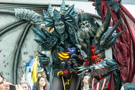 2017 년 7 월 1 일. 독일 슈투트가르트. 코믹 콘 슈투트가르트에서 코스프레 경연 대회. Cosplayers 그들의 재능을 과시. Comic-Con Stuttgart는 팬, 코스 플레이어