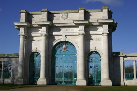 A War Memorial In A U.K. City Фото со стока - 358841