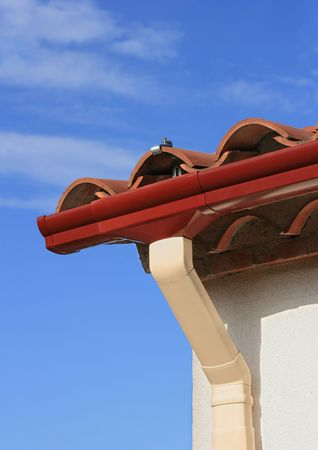 roofing system: Pvc rain gutter system