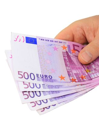 billets euros: Homme main cinq notes isol�es de 500 euros sur fond blanc Banque d'images
