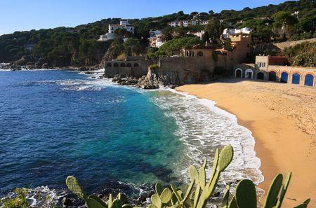 costa brava: Belle plage de Calella de Palafrugell (Costa Brava, Catalogne, Espagne) Banque d'images