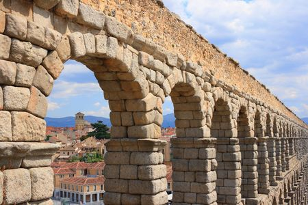 1st century: The roman Acueduct is the most emblematic of all the architectural structures in Segovia. Was in all likelihood erected in te 1st century AD with over 20.000 granite blocks held together without any kind of binding agent or mortar.