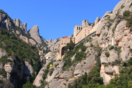 renowned: Montserrat monastery and mountain, a renowned tourist and pilgrim destination (Catalonia, Spain).