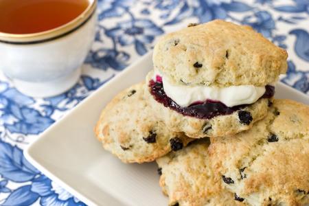 afternoon tea: Afternoon tea, scones, jam, cream.