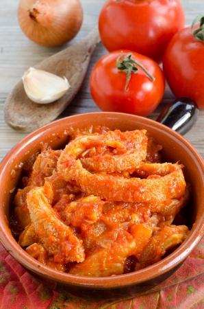 trippa: Tripe with tomato sauce
