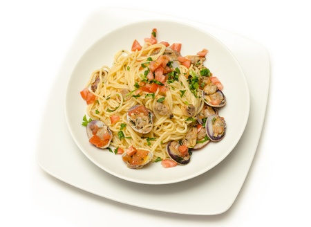 spaghetti with clams and fresh tomato Stock Photo - 18882574