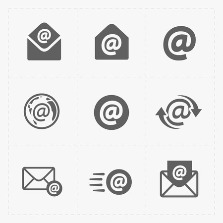 Vector E-mail icons on White Background. 向量圖像