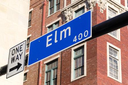 jfk: Street sign 400 Elm Street in Dallas