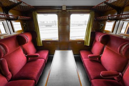 een vorige eeuw treinwagon antiek interieur