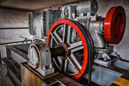 motor driven elevator