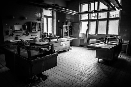 an autopsy room interior Standard-Bild
