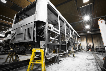 locksmith: a bus frame structure during the renovation of the repair shop Editorial
