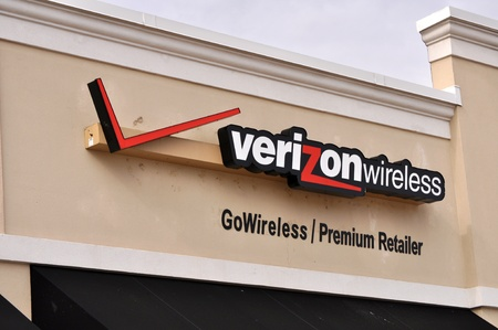 Verizon wireless sign on January 21, 2012  in Tyler Texas 新聞圖片