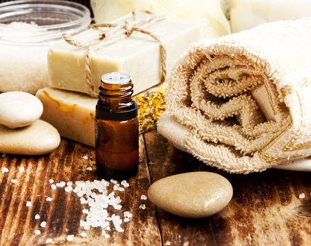 wood stone: Spa Setting with Essence Oil,Natural Soap,Soft Towel and Sea Salt