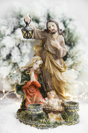 saint mary: Christian Nativity Statuette with Little Jesus, Maria and Joseph