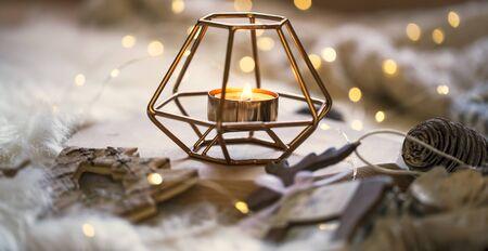 Christmas candle decoration, festive candle holder deco