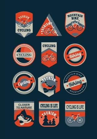 ciclismo: Conjunto de emblemas de colores retro sobre un tema de cicloturismo Vectores