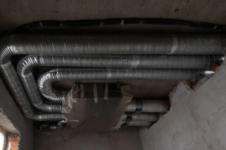 duct ventilation pipes are installed on the ceiling