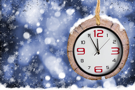 xmas background: Abstract Xmas backgrounds with old watches.  Winter background with snowflakes