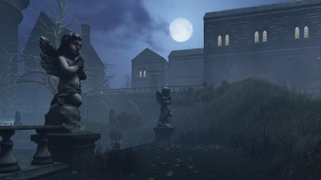luz de luna: Escultura de Cupido en el patio abandonado de la antigua mansi�n en la noche de luna Foto de archivo