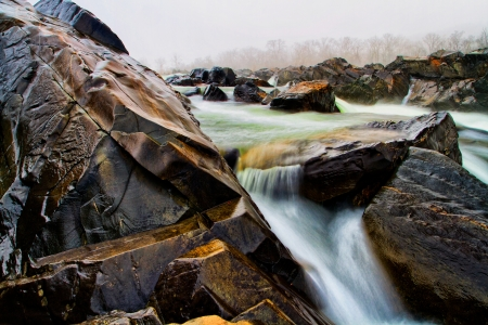 Great Falls Park on the Potomac River Stock Photo - 18428086