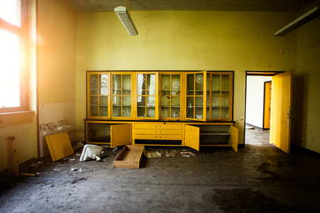 abandoned room: Abandoned room with a sideboard, Boarding House Urbex