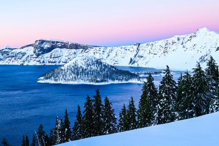 crater lake: Lake Oregon - Crater Lake National Park
