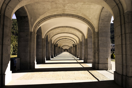 deepness: Building with many columns