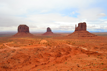 and magnificent: Magnificent Monument Valley in Utah, United States