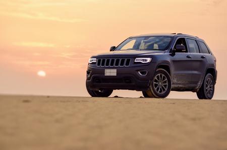 cherokee: DUBAI, UAE - JUNE 22, 2016: Jeep Cherokee