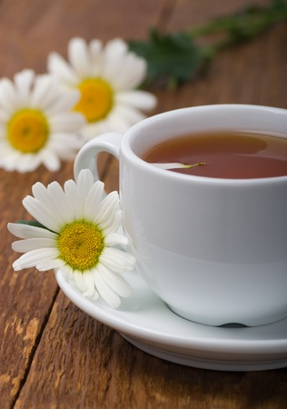 chamomile tea: Chamomile herbal tea