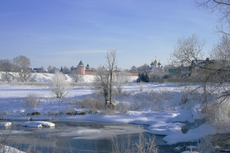 paysage: Winter landscape with frozen river Stock Photo