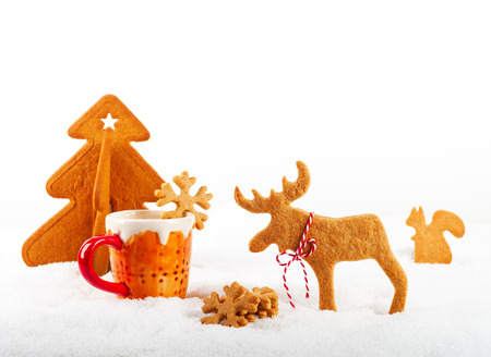 christmas elk: Christmas gingerbread cookies in the shape of a elk and fir tree