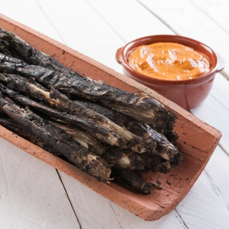 Traditional roasted calsots on wooden table Stock Photo - 18094782