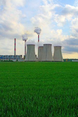 central el�ctrica: planta de energ�a Editorial