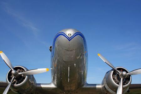 aluminum airplane: aircraft
