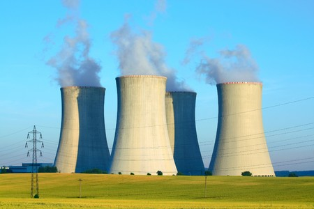 central el�ctrica: planta de energ�a nuclear