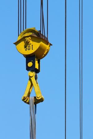 crane pulley photo