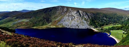 Lough Tay dark lake top view at Wicklow Ireland 版權商用圖片