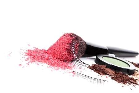 Make Up and cosmetic background  Make up brush with pink facial powder, ground make up and artificial glamour eyeleashes  Girly luxurious cosmetics still life Stock Photo - 20101652