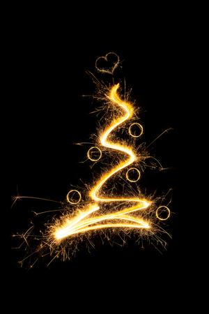 christmas tree ball: Sparkling christmas tree with christmas balls. Merry christmas.