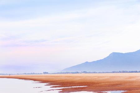 ドン ・ デーン Loas、アジアのメコン川の土手。休み、休暇と放浪癖。