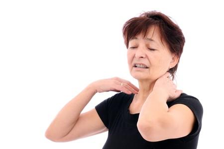 elderly pain: Senior donna con dolore al collo Archivio Fotografico