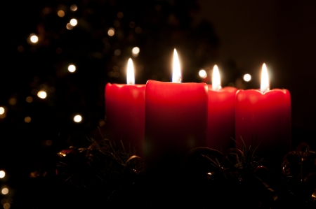 candle lights: Christmas advent wreath with burning candles Stock Photo