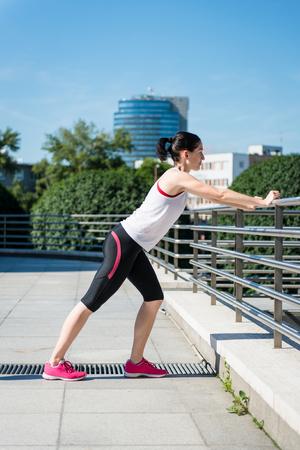 warm up: Warm up prima di fare jogging