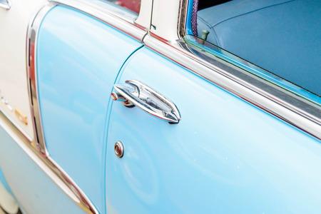 1950 s azul y blanco belair chevy Foto de archivo
