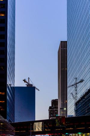 휴스턴 시내 건물과 거리 풍경