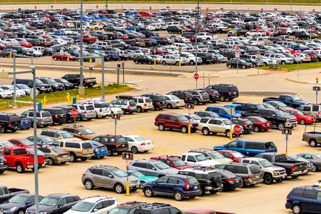 car parking: DIA, DEN, Denver International Airport