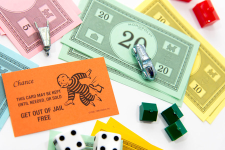 monopoly money: Monopoly board game